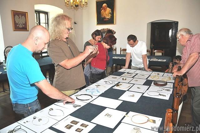 Galeria wernisaż biżuterii autorskiej