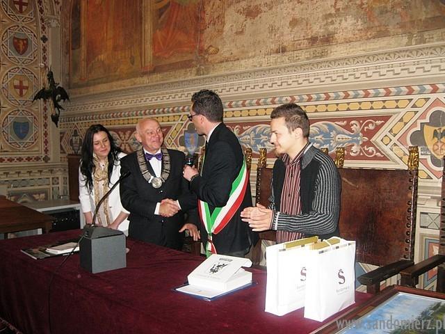Galeria Volterra, nawiązanie współpracy cz.1