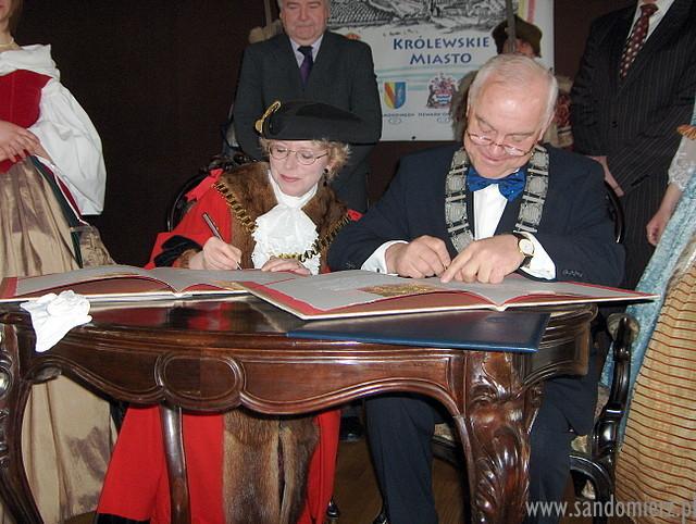 Galeria Podpisanie aktów partenrstwa z Newark-on-Trent