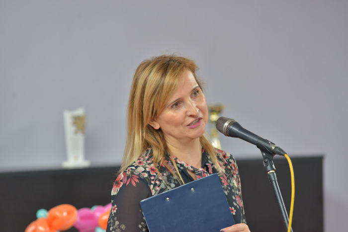 Agnieszka Krasoń Kierownik Świetlicy Środowiskowej w Sandomierzu rozpoczyna piknik