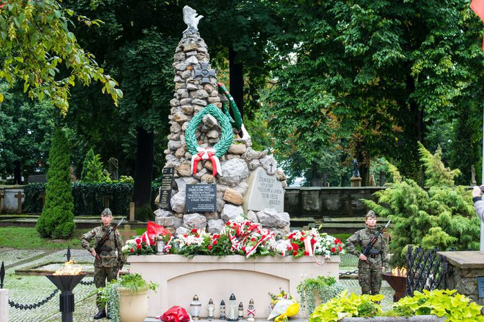 34. Mogiła 2 Pułku Piechoty Legionów i 4 Pułku Saperów