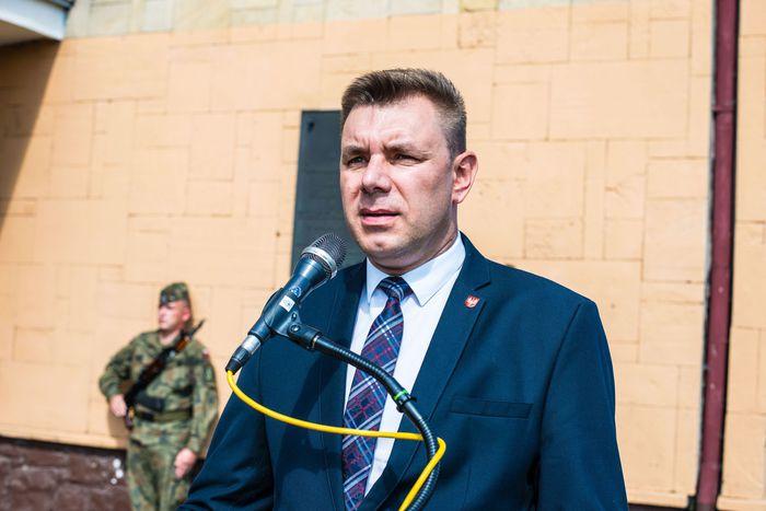 04. Burmistrz Sandomierza wygłasza przemówienie