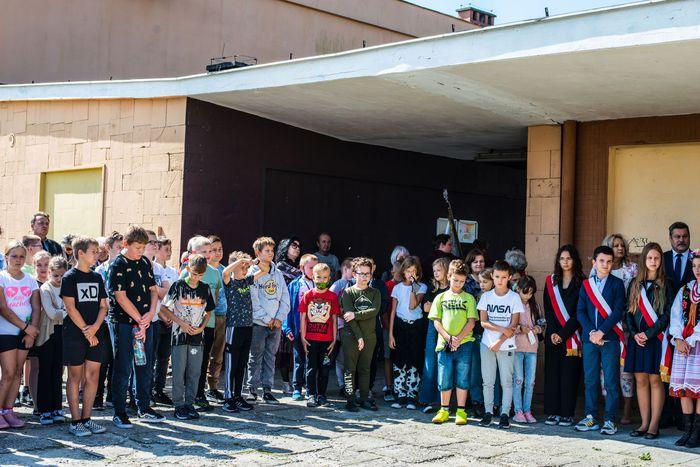 17. Dzieci biorące udział w uroczystości