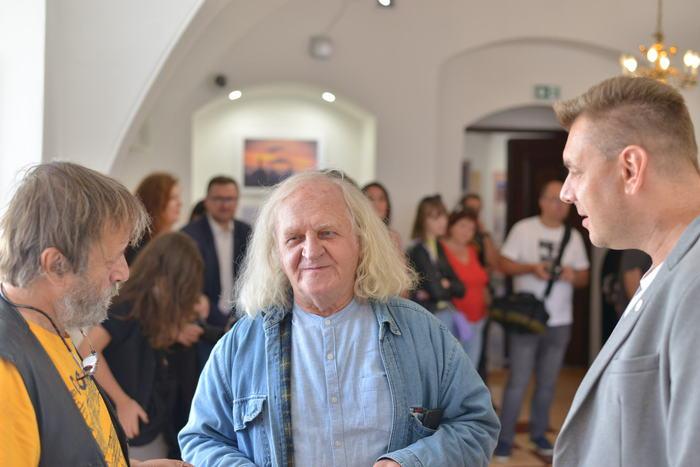 Na zdjęciu Marin Marzec Burmistrz Sandomierza, Cezary Łutowicz i Mariusz Pajączkowski.