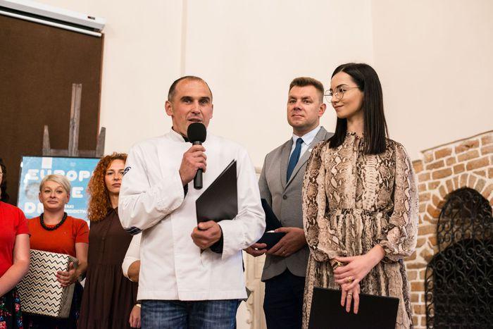 46. Uczestnicy konkursu wygłaszają okolicznościowe przemówienia (2)
