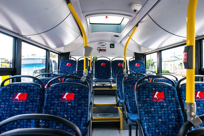 09. Nowe autobusy w bazie Zakładu Komunikacji Miejskiej