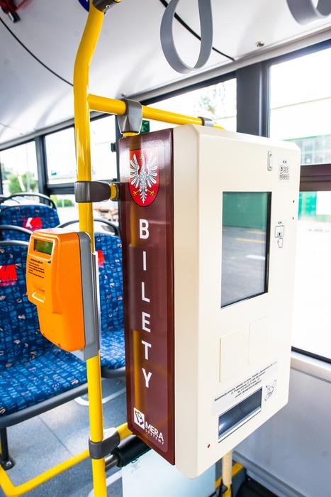 08. Nowe autobusy w bazie Zakładu Komunikacji Miejskiej