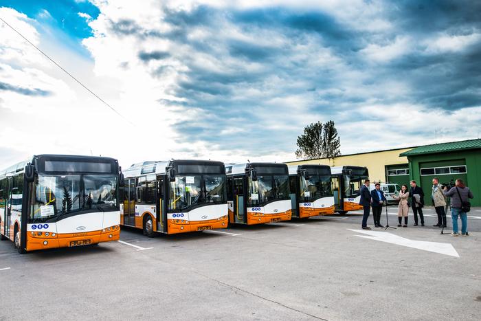 04. Nowe autobusy w bazie Zakładu Komunikacji Miejskiej