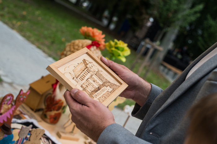 obraz Sandomierza wypalony na drewnie
