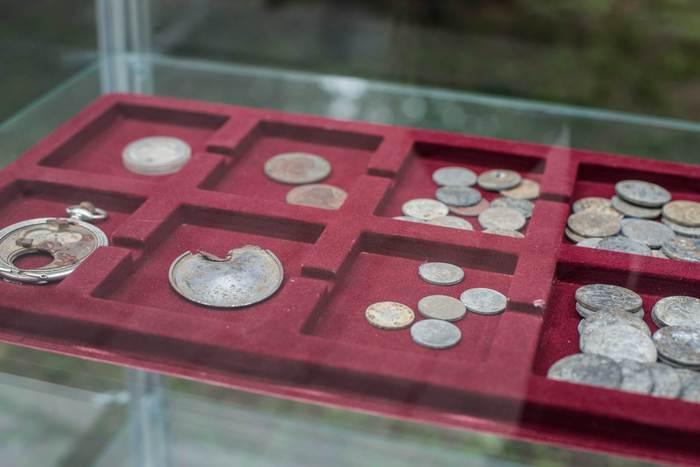 znalezione monety z parku miejskiego