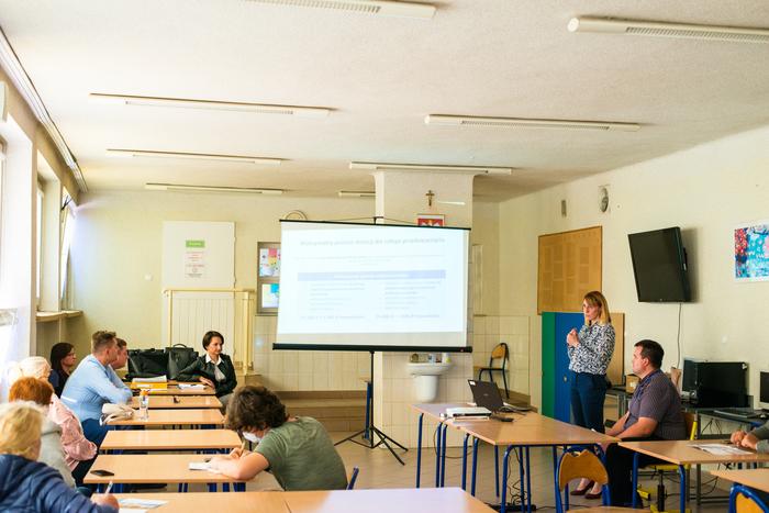 04. Pracownicy sandomierskiego punktu informacyjno-konsultacyjnego opowiadają o programie Czyste Powietrze