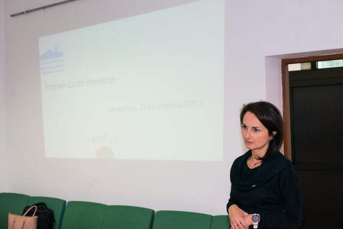 07. Pracownicy sandomierskiego punktu informacyjno-konsultacyjnego opowiadają o programie Czyste Powietrze