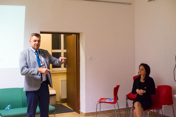 09. Pracownicy sandomierskiego punktu informacyjno-konsultacyjnego opowiadają o programie Czyste Powietrze
