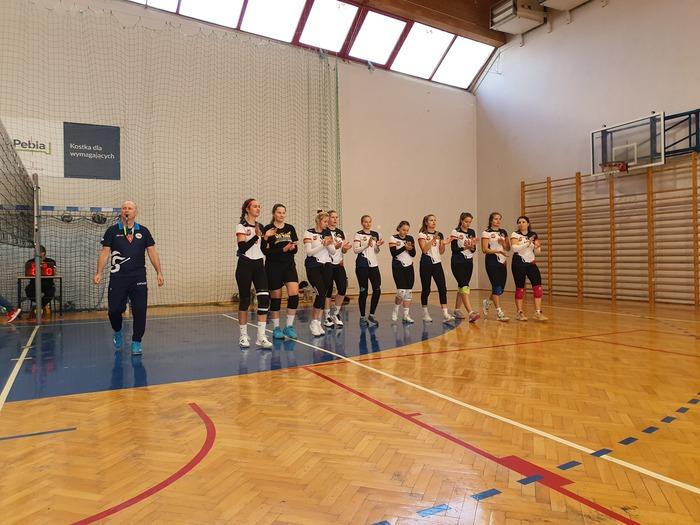 Sandomierska drużyna przedstawia się przed turniejem.